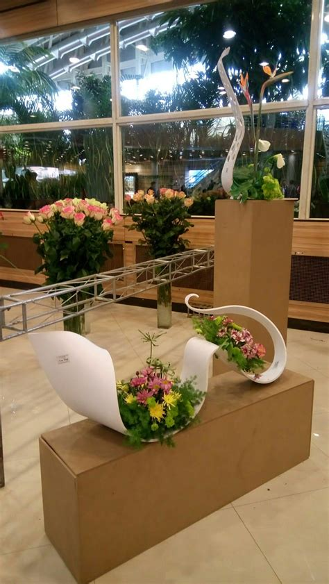 modern and luxury flower box design by luxydelf wave model