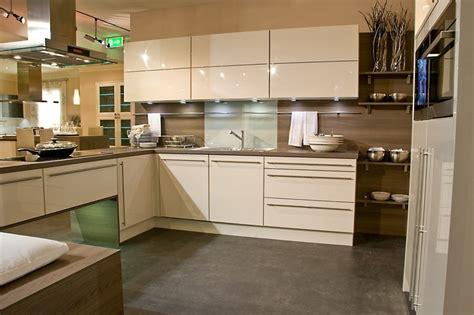 conception cuisine conforama cuisine design italienne laquée beige marseille bouches du rhône meuble et décoration