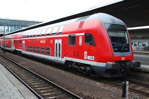 Eccentric German Millennial Lives On Trains Year Round