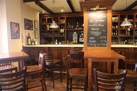 images of kitchen islands restaurante taberna matahambre teatinos málaga foto