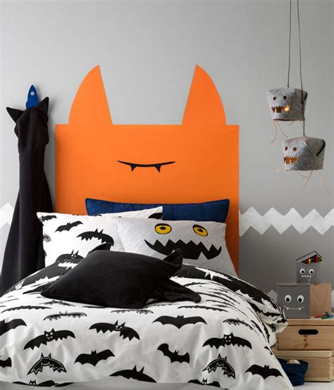Hmhalloweenkidsheadboardbedroom