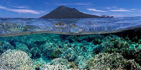 keindahan taman laut nasional bunaken  celebes