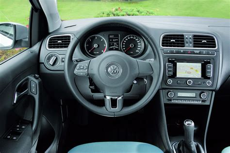 volkswagen polo interior 2010 new volkswagen polo bluemotion for the uk market autotribute