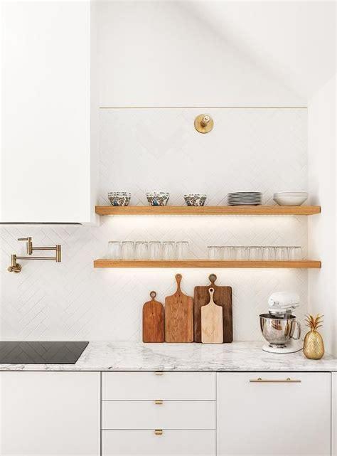 kitchen backsplash tile best 25 herringbone backsplash ideas on tile 2256