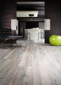 castle oak 55935 wood effect luxury vinyl flooring moduleo