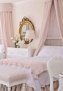 emejing chambre rose pastel images design trends 2017 With christian boltanski la chambre ovale