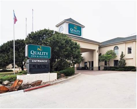 Quality Inn & Suites Weatherford In Weatherford, Tx