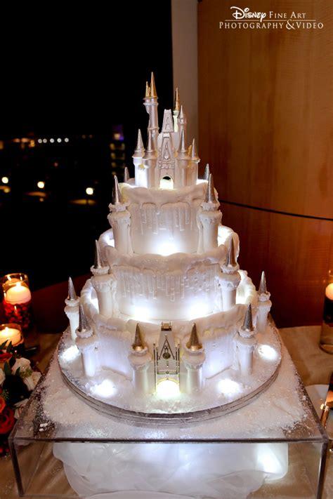 "Wedding Cake Wednesday: Holiday ""Ice"" Castle   Disney Weddings"