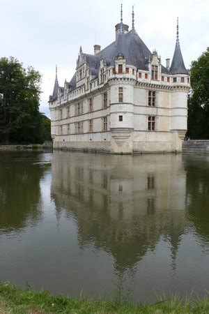sncf tours to azay le rideau picture of chateau of azay le rideau azay le rideau