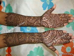 Bridal Henna - Rehna's front hands with Traditional Indian ...