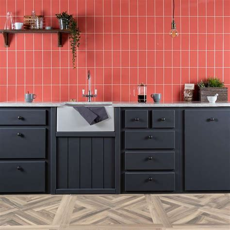 But you don't have to pay that much. Kitchen Tile Ideas For 2020 - Latest Tiling Trends - Walls ...