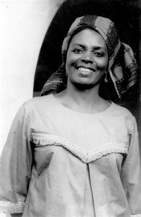 efua sutherland author   marriage  anansewa