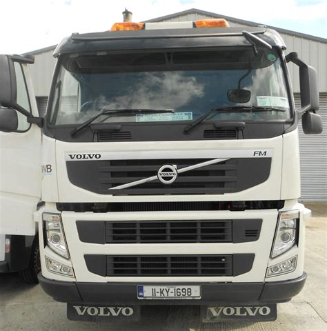 2011 volvo truck 2011 volvo fm 330 6x4 2dr auto refuse recycle equipment