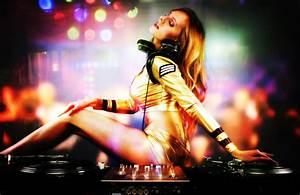 Girl DJ Wallpaper HD