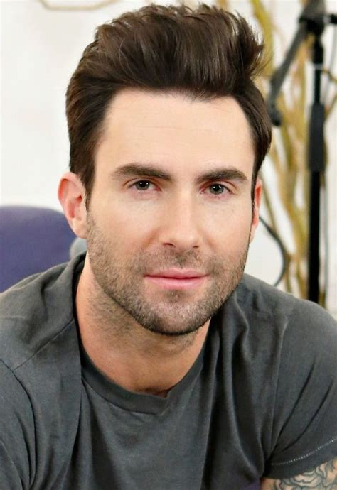 oval face shape hairstyles for men according to face