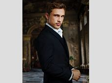 """Up Close & Personal """"The Royals"""" William Moseley Gets"""