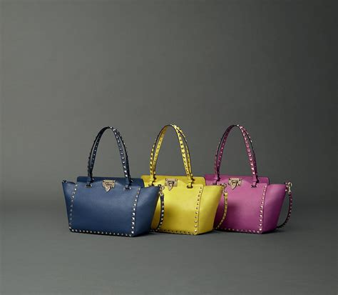 valentino pre fall  bag  accessory full lookbook collection spotted fashion