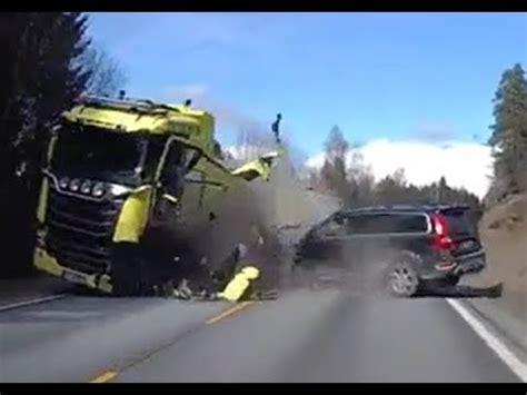 volvo xc volvos excellent safety proved   crash