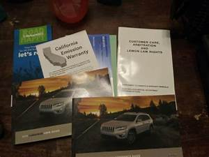 2019 Jeep Cherokee Factory Owner Manual User Guide Set