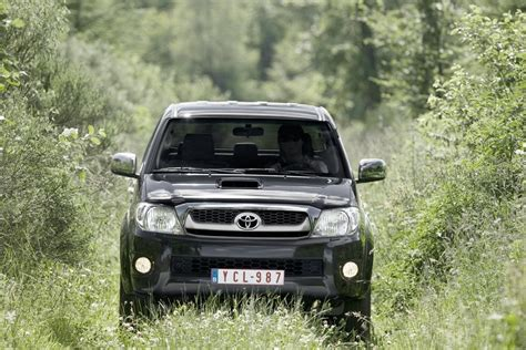 toyota hilux facelift  high res