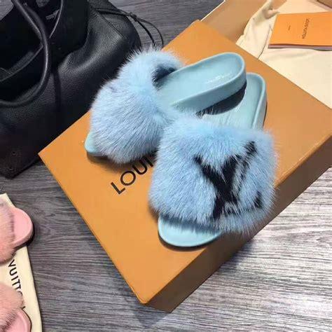 louis vuitton lv women furry sandals  mink hair leather