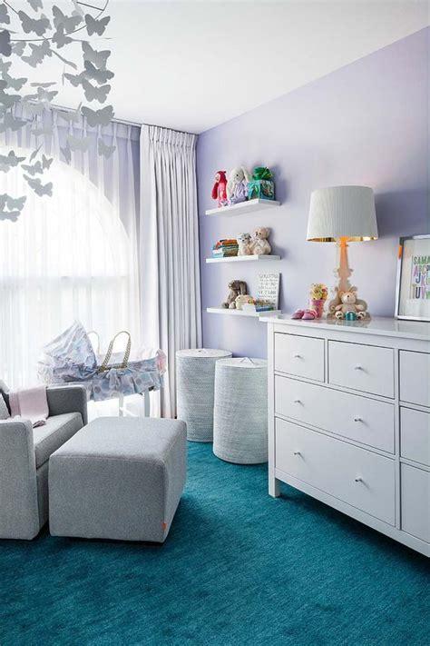 idee peinture chambre bebe couleur chambre bébé osez le violet