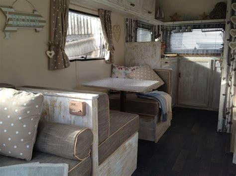 Deco Caravane Interieur Caravane D 233 Co Pour Un Style Vintage Et Printanier 201 L 233 Ment Vintage Caravane Et Gris