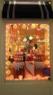 25 unique window display ideas on