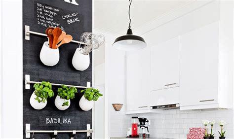 idee decoration murale pour cuisine idee déco tableau cuisine