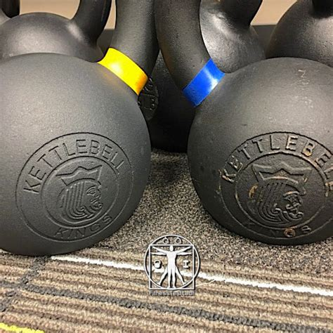 kettlebell vs kings recessed powder coat indented kettlebells left right
