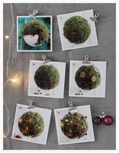 wandgestaltung selbst gemacht weihnachtsdeko selber machen weihnachtskugeln für draußen solebich de