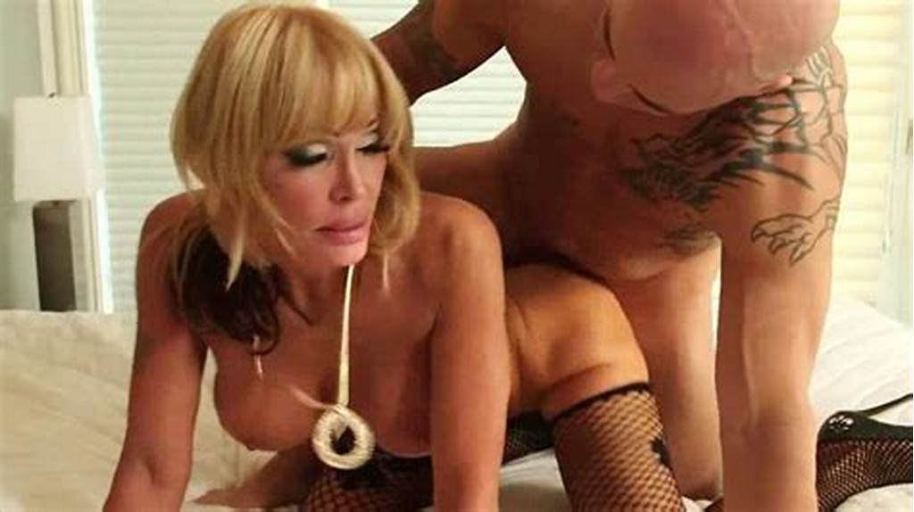 #Blonde #Cougar #Sucks #Up #Her #Lover'S #Cock #Juices #Movie