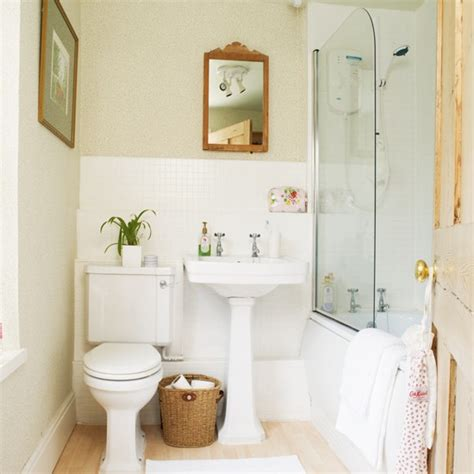 small country bathroom decorating ideas country kitchen wallpaper ideas small cottage