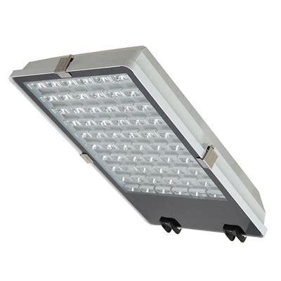 Светильник уличного освещения со светодиодами