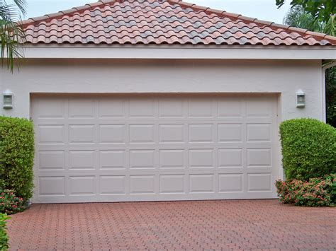 Garage Doors : Sugarland Garage Door