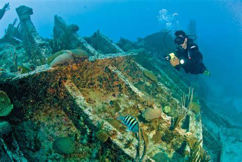 bermudas water sports