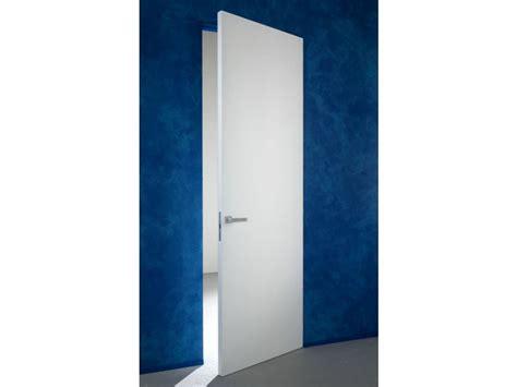 porta a battente porta a battente a filo muro senza fuga essential battente