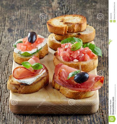 canape espagnol tapas espagnols de nourriture photo stock image 40849793