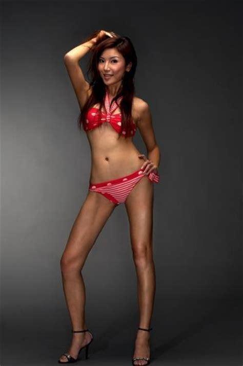 Singapore Celebrity In Bikini: Singapore sexy actress Iko