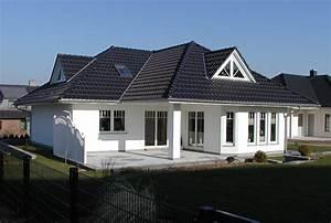 Landhaus Deko Katalog Bestellen : arge haus hausbau bremen schl sselfertige moderne bungalows in bremen ~ Frokenaadalensverden.com Haus und Dekorationen