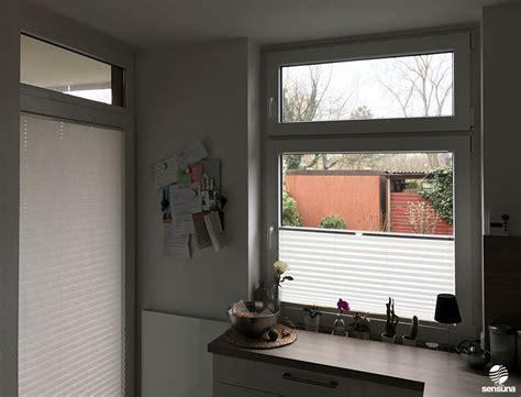 Sichtschutz Fenster Textil by Sichtschutz Am Fenster In Der K 252 Che Mit Sensuna