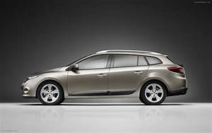 Renault Megane 3 Estate : 2010 new renault megane estate widescreen exotic car wallpapers 02 of 10 diesel station ~ Gottalentnigeria.com Avis de Voitures