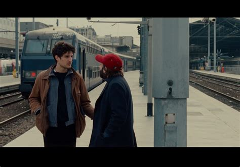 les deux amis decouvrez la bande annonce du premier film de louis garrel elle