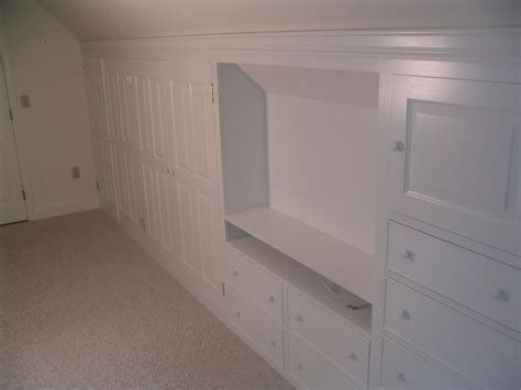 33 best images about attic bedroom knee wall closet