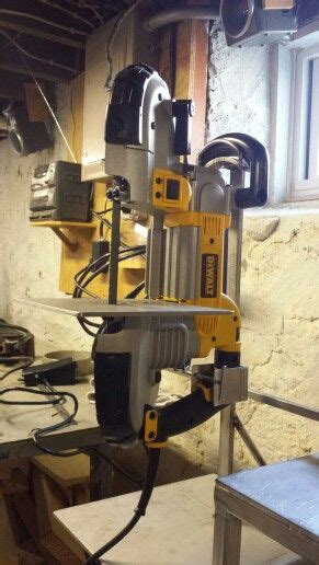 portable bandsaw stand   metal working tools