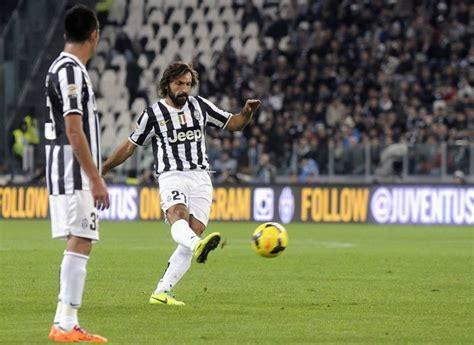 Quanto è Larga La Porta Di Calcio by Juventus Napoli 3 0 Gol Di Llorente Punizione Di Pirlo E