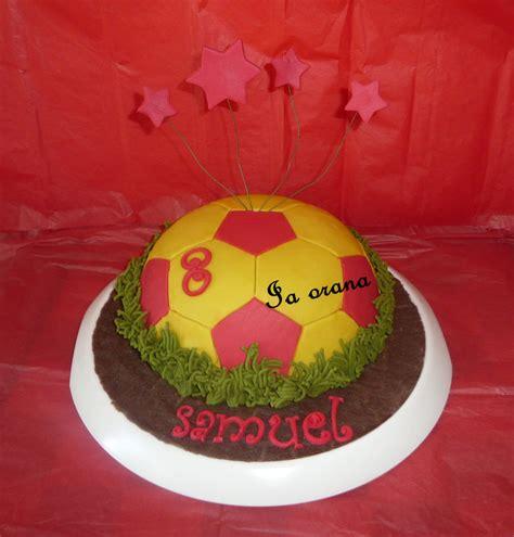 ballon de foot en pate d amande 28 images tutoriels toppers cupcakes foot et sucettes