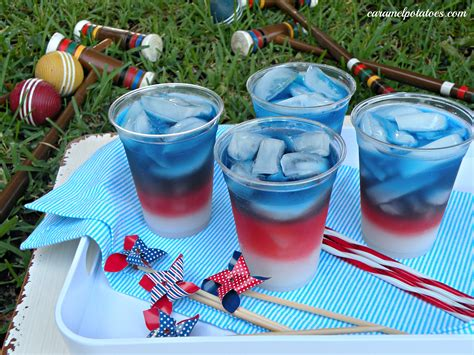 4th of july cocktails events 4th of july on pinterest fourth of july layered drinks and blueberry popsicles