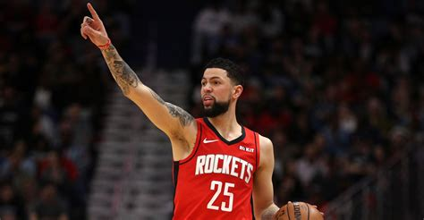 Austin rivers is earning some adoration from knicks fans, though that may not extend to the homefront. Rockets' Austin Rivers to complete quarantine early this week - HoustonChronicle.com