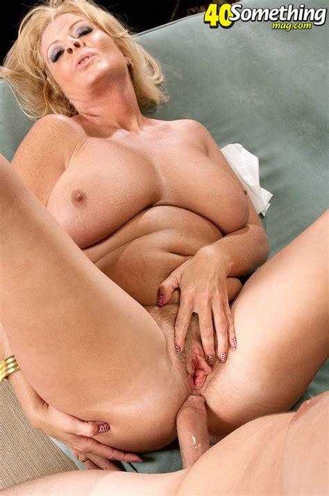 Teen Lesbian Mature Anal Lick